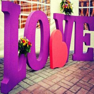 Буквы на свадьбу из пенопласта